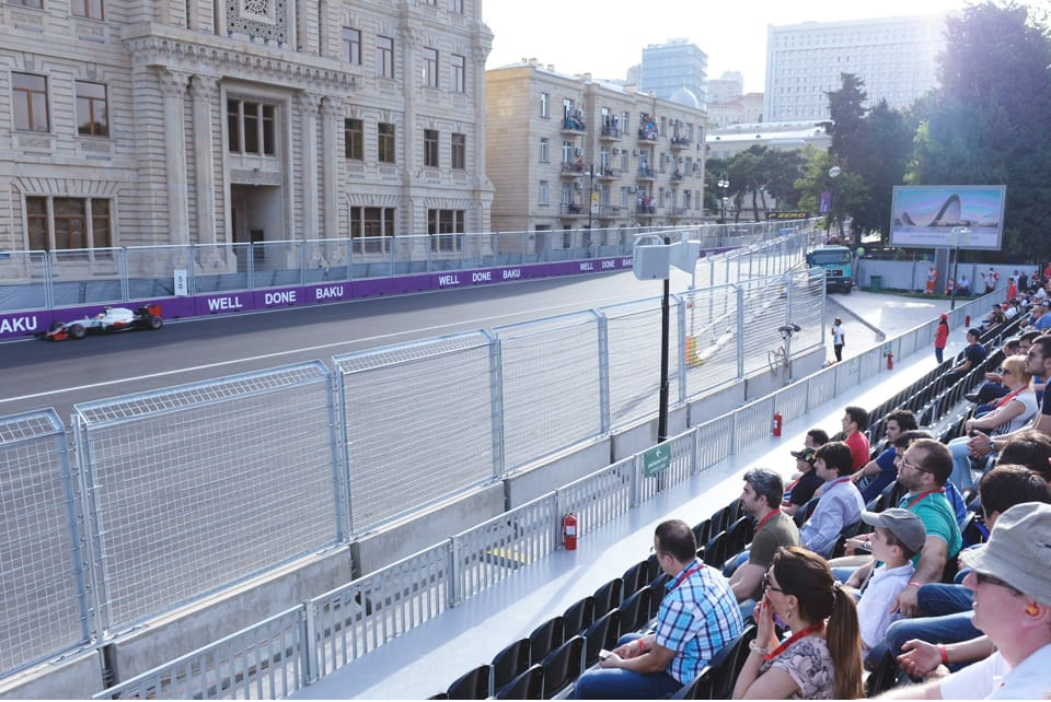 Enjoy the best racing drivers in the world on track while surounded by Baku's magnificent Filarmoniya Garden.